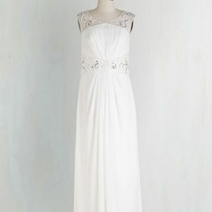 Modcloth Decode 1.8 Romantic Reveries Wedding Gown
